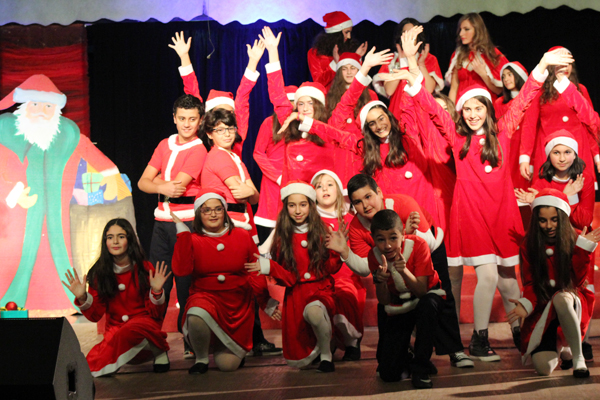 /Photos/Happy-Christmas-Concert-performed-by-AIS-Young-Singers-G1-to-G8/7a17152f-ef91-4288-8cf0-045029bd40e1.jpg